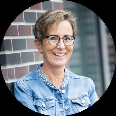 Esther Jaray | Frauen Coaching | Schritt für Schritt leichter zum Wohlfühlkörper